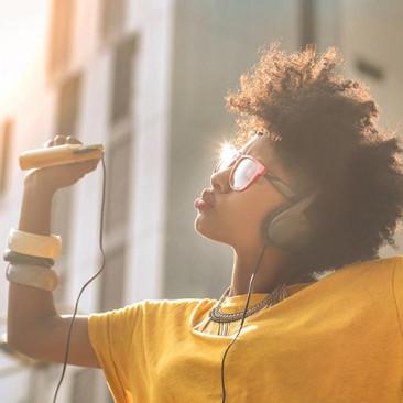 6 dicas para praticar inglês com músicas