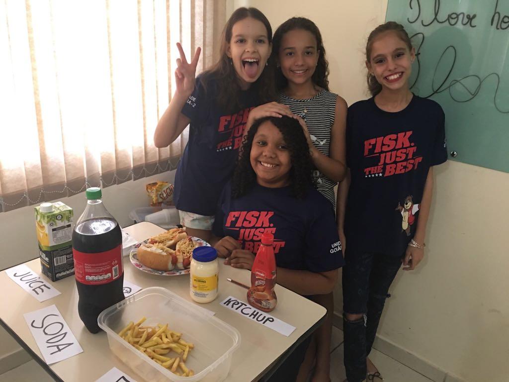Fisk Goiania 2/GO - TeenStation 1 / Lesson 7: Fast Food