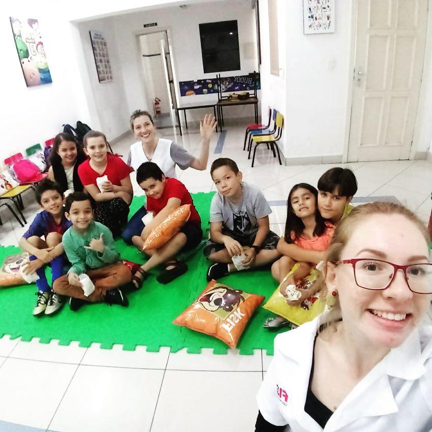 Fisk Taubaté/SP - Sessão Cinema na aula kids