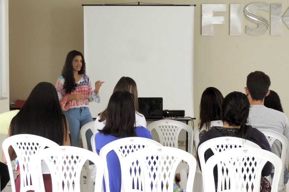 Fisk Santo Antônio de Jesus - Visita ex-aluna
