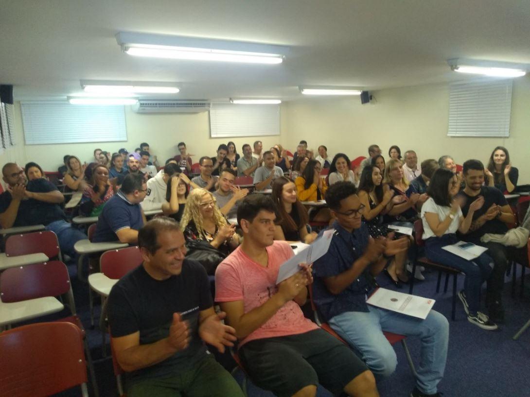 Fisk Santo André 4/SP – Entrega de certificados para os  alunos
