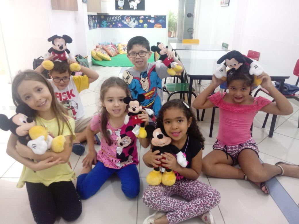 Fisk Taubaté/SP - Trabalhando atividade lúdica em sala de aula com as crianças